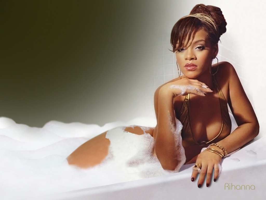 Rihanna Pictures Sexy 86